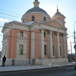 hram-velikomuchenitsyi-varvaryi