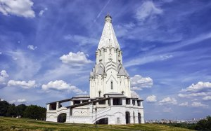 Храм Вознесения Господня и Георгия Победоносца в Коломенском