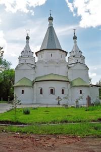 Храм Троицы Живоначальной в Троице-Голенищеве