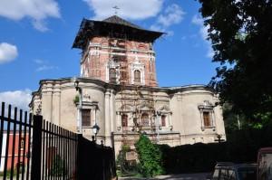 храм Тихвинской иконы Божией Матери бывшего Симонова монастыря