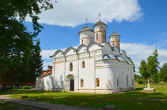 Ризоположенский собор, Суздаль