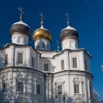 hram-kazanskoy-ikonyi-bozhiey-materi-v-uzkom