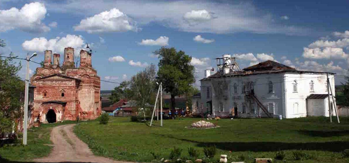 Спасо-Преображенский Собор и Введенский Трапезный Храм, наши дни. Источник: photo-drive.ru