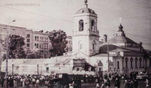 Храм Преображения Господня на Преображенской площади. 1964 г.